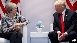 Тереза Мэй и Дональд Трамп