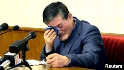 A man who identified himself as Kim Dong Chul, who previously said he was a naturalised American citizen and was arrested in North Korea in October, attends a news conference in Pyongyang, North Korea, in this undated photo released by North Korea's Korean Central News Agency (KCNA) in Pyongyang, March 25, 2016.