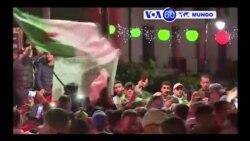 Manchetes Mundo 3 Abril 2019: Bouteflika caíu na Argélia