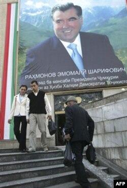 """""""Jurnalistlarni ta'qibga olayotganlar - demokratiya dushmanlari"""""""