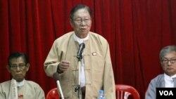 Manajer kampanye partai Liga Nasional untuk Demokrasi (NLD), Nyan Win (foto: dok).