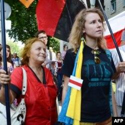 Українські активісти підтримують білоруську опозицію
