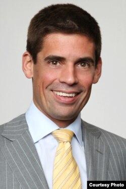 美亞博律師事務所律師凱利‧克萊默(Kelly B. Kramer)