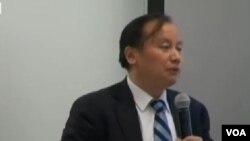 北京師範大學新興市場研究院院長、經濟學教授胡必亮,在紐約就中國新型城鎮化規劃與需改進的問題為題發表演講。