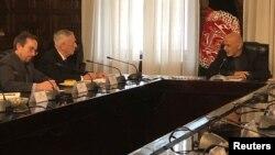 دیدار روز دوشنبه متیس و رئیس جمهوری افغانستان.