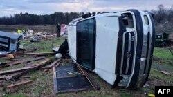 Posljedice oluje na fotografiji koju je objavila kancelarija šerifa u Bossier Parish, 11. januara 2019.