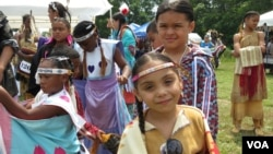 아메리칸 원주민 북미 인디언들의 축제인 powwow 행사장.