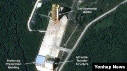 지난해 9월 북한전문 웹사이트 '38노스'가 북한의 장거리 미사일 발사장인 평안북도 철산군 동창리 발사장 위성사진을 공개했다. (자료사진)