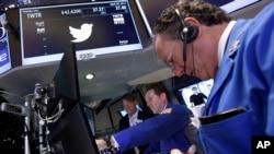 Saham Twitter di Wall Street