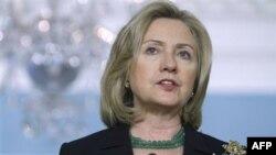 Ngoại trưởng Clinton kêu gọi sự ủng hộ cho phong trào chính trị ở thế giới Ả Rập và chống lại mưu toan ở bất cứ nơi nào nhằm ngăn chặn tự do thông tin