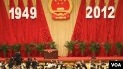 中國舉行國慶招待會 (美國之音記者東方拍攝)