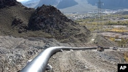 伊朗的輸油管(資料圖片)
