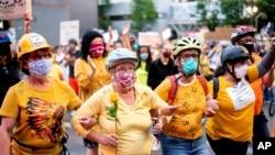 Portland'daki ırkçılık karşıtı protestolar 100 gündür devam ediyor