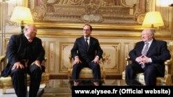Fransa Cumhurbaşkanı François Hollande, son olaylarla araları gerginleşen Yahudi ve Müslüman cemaat liderlerini Elysee sarayına çağırdı