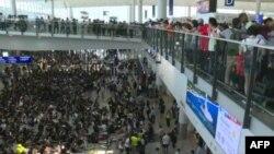 Аэропорт Гонконга, 9 августа 2019