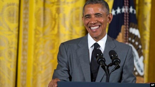 Tổng thống Obama nói chuyện với các nhà lãnh đạo trẻ từ các nước Đông Nam Á đến thăm Hoa Kỳ, 1/6/15