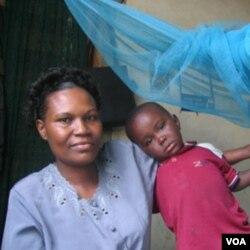 De la A a la Z Textiles produce mallas de larga duración para protección contra la malaria.