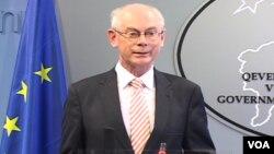 Presiden Uni Eropa Herman van Rompuy menolak cara-cara militer untuk menyelesaikan konflik di Suriah (foto: dok).