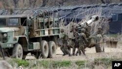 Հարավային Կորեայի զինծառայողները՝ զորավարժությունների անցկացման ընթացքում