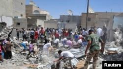 Les recherches se poursuivent pour retrouver des survivants des frappes aériennes de la nuit dernière à Salma, en Syrie