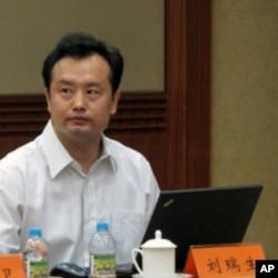 新媒体蓝皮书撰稿人之一刘瑞生