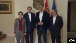 Predsednik Srbije Aleksandar Vučić i premijerka Ana Brnabić sa bivšim državnim sekretarom SAD Džonom Kerijem i biznismenom Timom Kolinsom