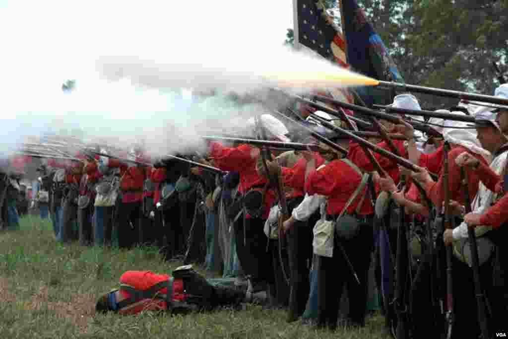 Огонь ведет Нью-Йоркский полк