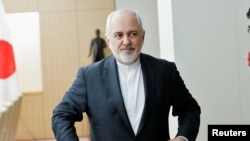 រូបឯកសារ៖លោករដ្ឋមន្ត្រីការបរទេសអ៊ីរ៉ង់ Mohammad Javad Zarif អំឡុងពេលជំនួបជាមួយរដ្ឋមន្រ្តីក្រសួងការបរទេសជប៉ុនលោកTaro Kono នៅក្រុងតូក្យូកាលពីថ្ងៃទី១៦ខែឧសភាឆ្នាំ២០១៩។
