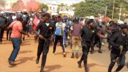 Ministro guineense expulsa polícias acusados de torturar activistas