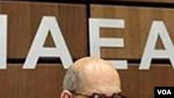 Mantan Direktur Badan Energi Atom Internasional Mohammed ElBaradei menuduh pemerintahan presiden Mesir Hosni Mubarak melakukan pencemaran nama baik.