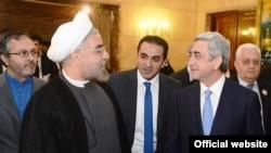 İran prezidenti Həsən Ruhani Ermənistan prezidenti Serj Sarkisyanla görüşür, Tehran, 5 avqust, 2013