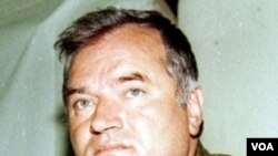Ratko Mladić, dituduh bertanggung jawab atas pembantaian 8.000 warga Muslim Bosnia di dekat Srebrenica.