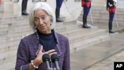 Bildiriye imza atanlar arasında IMF Başkanı ve Fransa eski ekonomi bakanı Christine Lagarde da bulunuyor