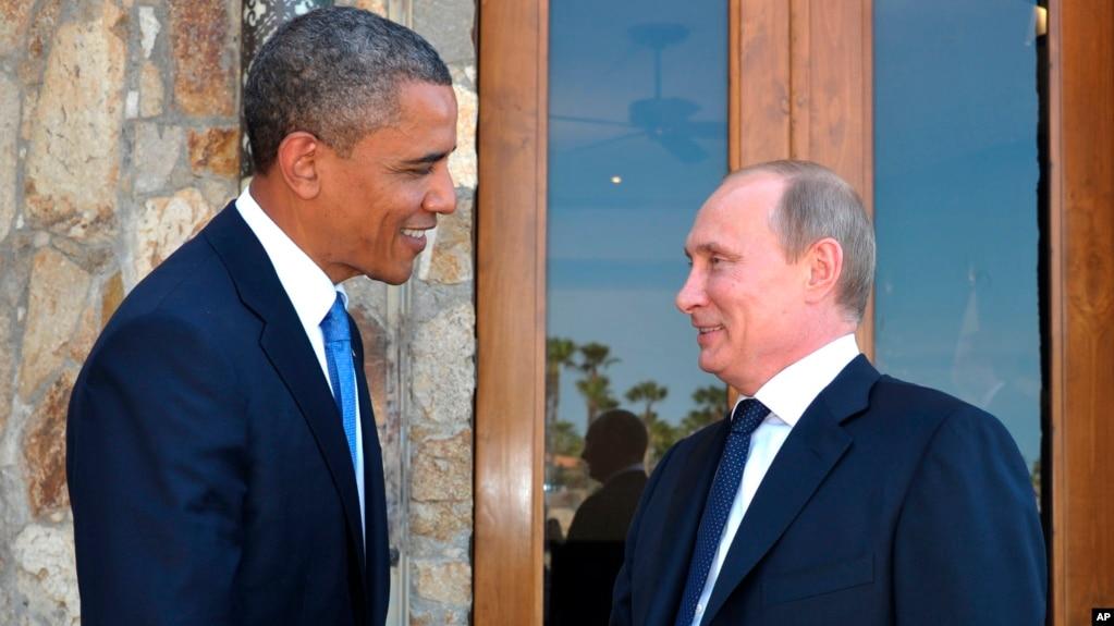 """Сенаторы-республиканцы раскритиковали встречу Трампа и Путина и предложили поискать """"жучки"""" в подаренном мяче - Цензор.НЕТ 610"""