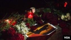 俄罗斯悼念飞机坠毁死难者