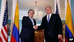 El secretario de Estado Mike Pompeo y el Canciller de Colombia, Carlos Holmes Trujillo, hablan sobre la relación entre sus países el miércoles 9 de octubre de 2019.