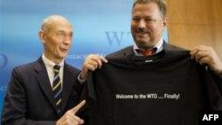 Глава BTO Паскаль Лами и руководитель переговорами со стороны России Максим Медведков