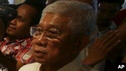Bộ trưởng quốc phòng Philippines Voltaire Gazmin nói 'Nếu thực sự điều này xảy ra, nó là một nguyên nhân gây ra lo ngại nghiêm trọng'