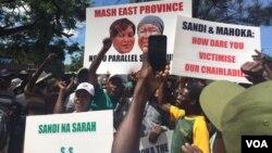 Abanye abetshengiselayo besithi uNkosikazi Eunice Sandi Moyo lo Sarah Mahoka kumele baxotshwe kubandla leZanu PF.