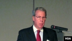 Ketua Institut Amerika di Taiwan, Raymond Burghardt