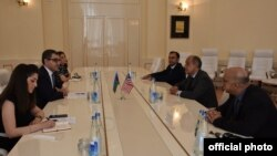 USAID, AZPROMO və USACC memorandum imzalayıb