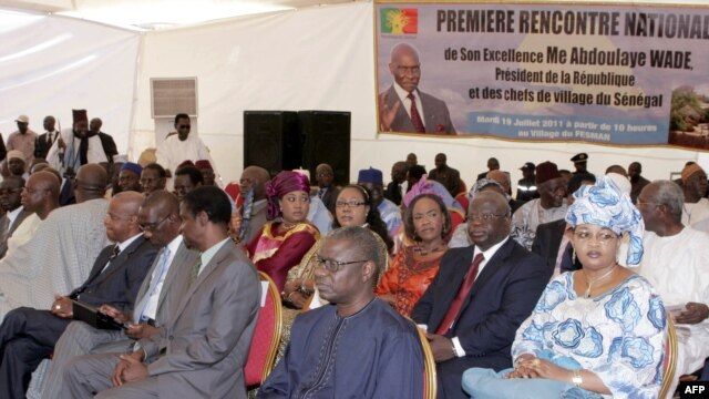 (First row R-L) National Assembly's president Mamadou Seck, Minister of the Connectivity Alassane Dialy Ndiaye, State Minister Mamadou Diop de Croix, Environment Minister Djibo Leyti Ka, (Second row R-L) Minister for Family and women's organizations Aïda