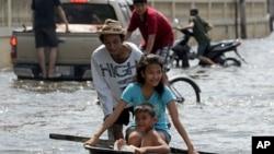 曼谷已受到洪水影響。