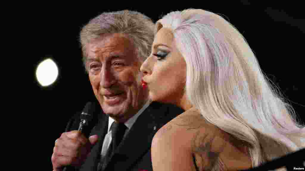"Lady Gaga and Tony Bennett, who won a Grammy for best traditional pop vocal album for ""Cheek to Cheek,"" perform the song at the 57th annual Grammy Awards in Los Angeles, California, Feb. 8, 2015."