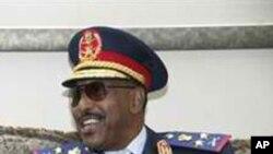 Sudanese Defense Minister Abdel Raheem Muhammed Hussein (file)