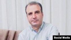 رضا مهرگان یکی دیگر از امضاءکنندگان بیانیه استعفای خامنهای