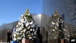 位于美国华盛顿的越战纪念碑