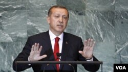 PM Turki Recep Tayyip Erdogan mengatakan Turki bekerjasama dengan Iran dalam menghadapi pemberontak Kurdi (foto:dok)