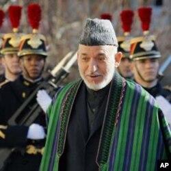 阿富汗總統卡爾扎伊到巴黎訪問