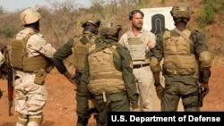 Entrainement de soldats nigériens au Burkina Faso, le 21 février 2019.